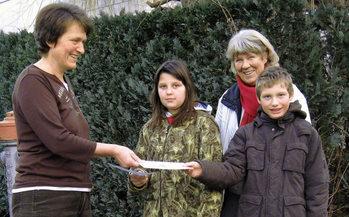 090129_BZ_Schueler helfen Kindern